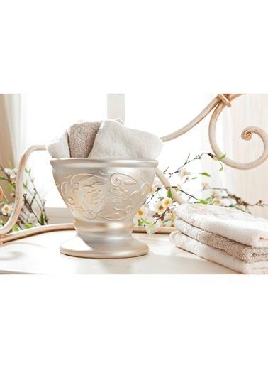 Gül Güler Havluluk Lotus Beyaz